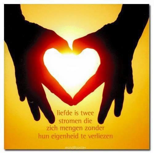 gezonde liefdesrelatie, gelijkwaardige relatie, zonder jezelf te verliezen
