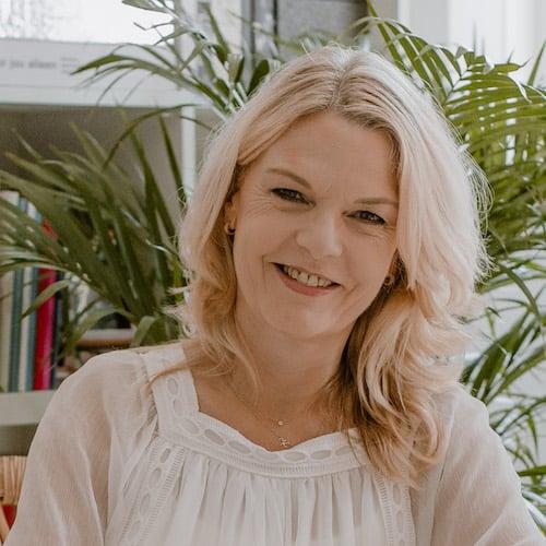 Marie Louise Busscher