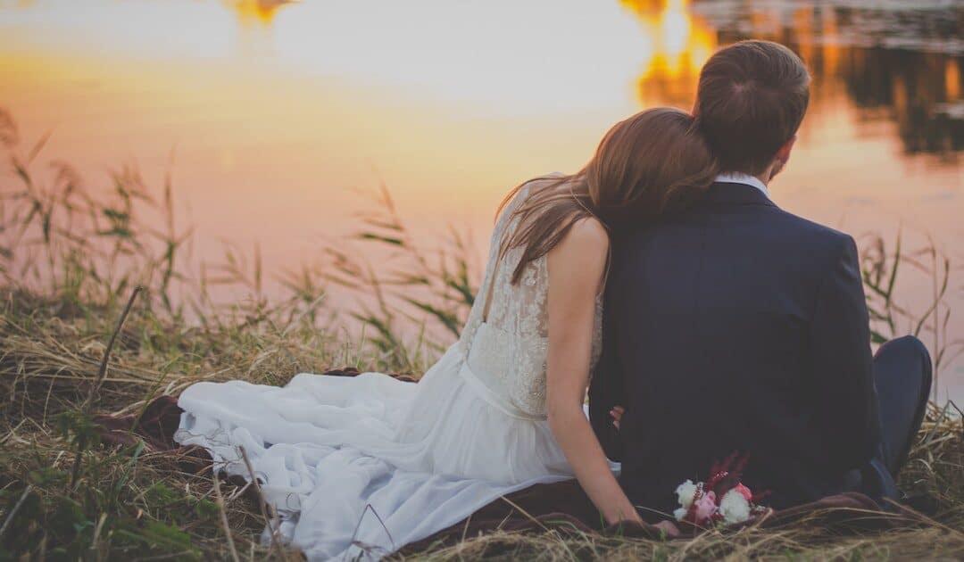 Waarom partners in een bindingsangst/verlatingsangst dynamiek elkaar blijven aantrekken en afstoten…